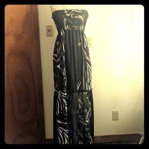 BGBG Strapless Neutral Tones Maxi Dress